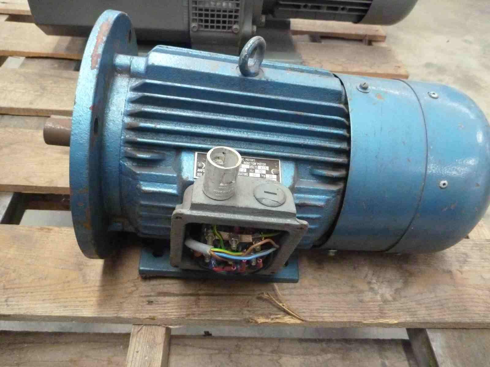 CMG 3HP 3 PHASE ELECTRIC MOTOR | Bills Machinery.