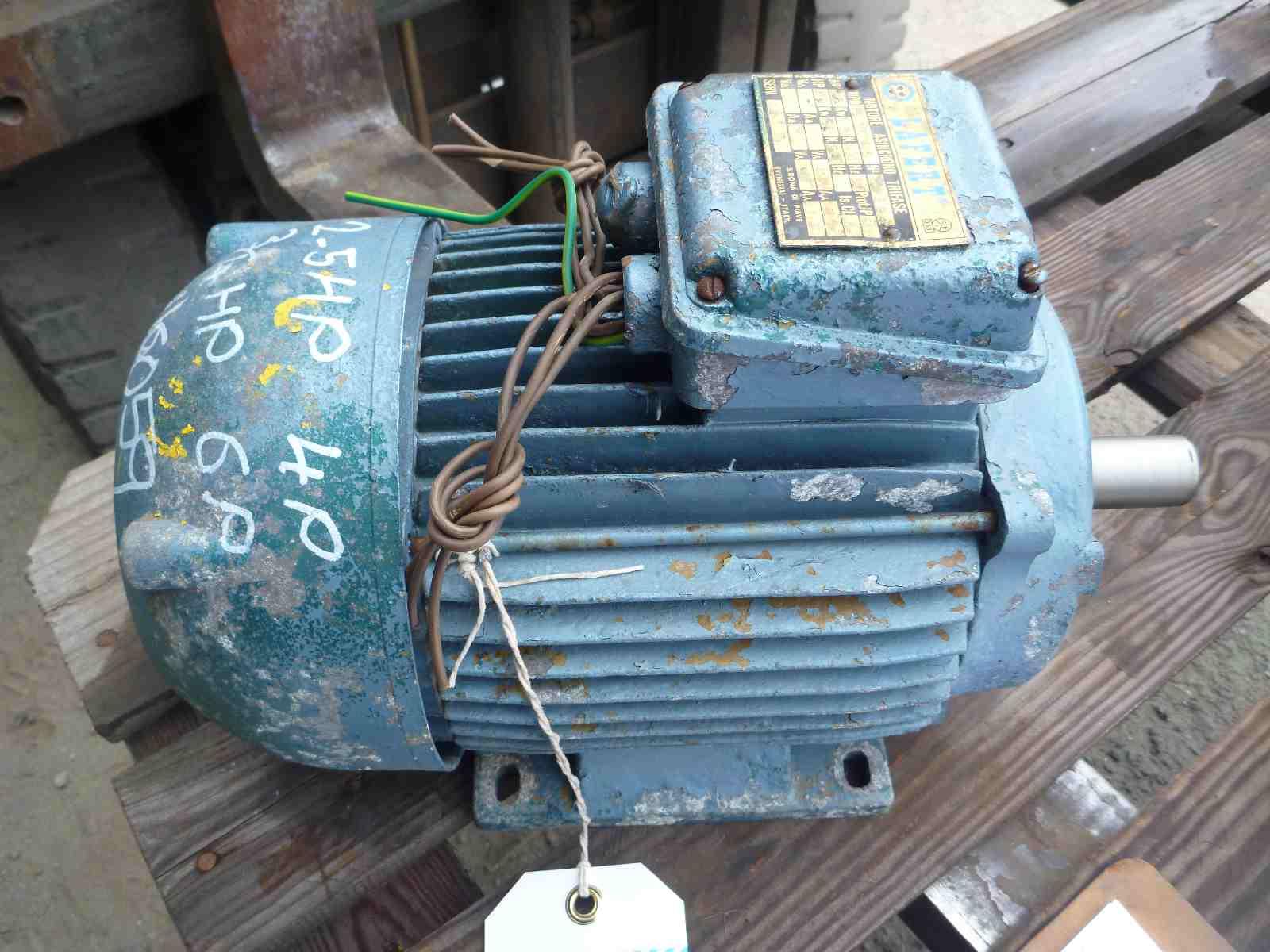 LAFERT 2.5HP 3 PHASE ELECTRIC MOTOR | Bills Machinery.