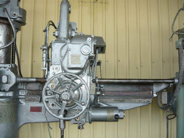 5 MORSE TAPER RADIAL ARM DRILL