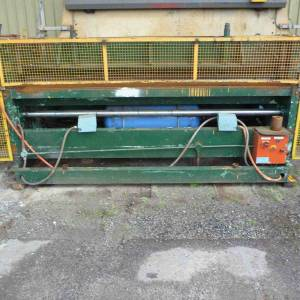 Photo of AIR OPERATED METAL GUILLOTINE