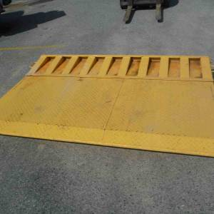 Photo of FOR HIRE CONTAINER RAMP $90 PER DAY