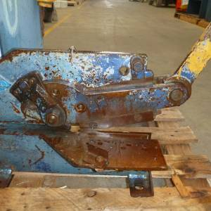 Photo of MUBEA HAND OPERATED METAL GUILLOTINE