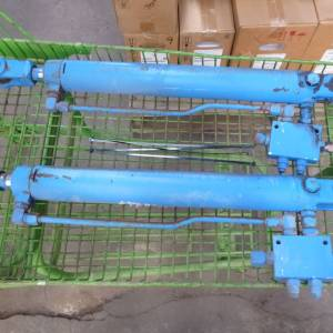Photo of HYDRAULIC DOUBLE ACTING RAMS 450MM STROKE