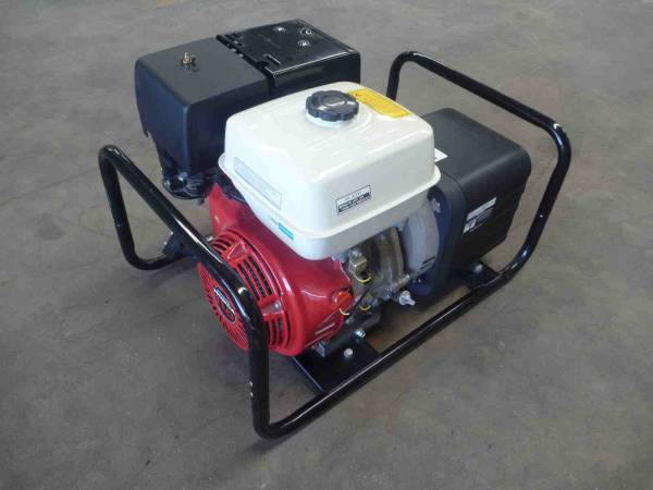 Photo of HONDA DUNLITE 5KVA PETROL GENERATOR SET