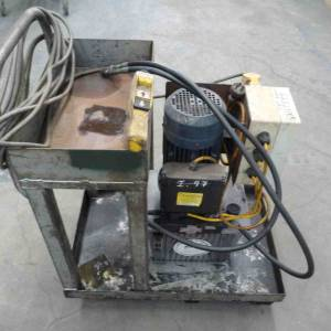 Photo of ELECTRIC HYDRAULIC POWER PACK 3HP 240 VOLT WITH UP-DOWN CONTROL