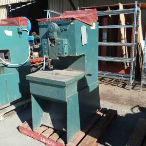Photo of MONARCH 10 TON 3 PHASE PRESS