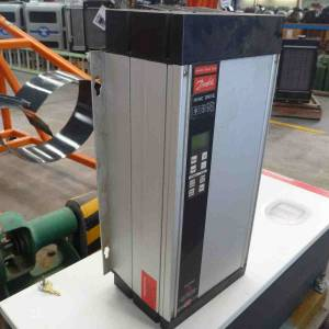 Photo of DANFOSS  3502HVAC VARIABLE SPEED DRIVE