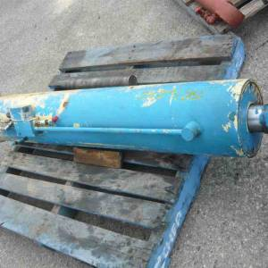 Photo of HYDRAULIC DOUBLE ACTING RAM 1170MM STROKE