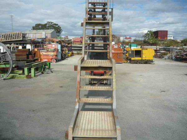 Photo of 3.5M STEEL STAIRCASE WITH LANDINGS