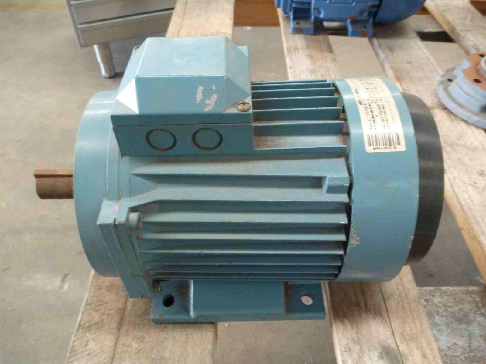 ABB 2HP 3 PHASE ELECTRIC MOTOR | Bills Machinery.
