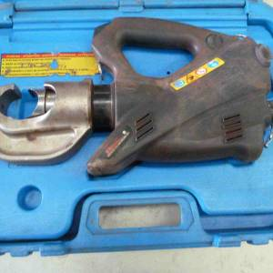 Photo of CEMBRE B131L C  CORDLESS HYDRAULIC CRIMPING TOOL