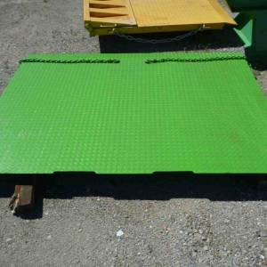 Photo of SEA CONTAINER RAMP WITH HOLDING CHAINS