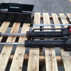 Photo of HYDRAULIC DOUBLE ACTING RAMS 200MM STROKE