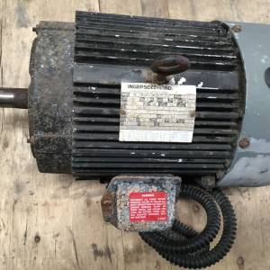 Photo of INGERSOLL RAND 5 HP 1440 RPM 3 PHASE ELECTRIC MOTOR