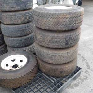 Photo of GOODYEAR 265/75R16 TYRES ON 5 STUD SUNRAYSIA RIMS