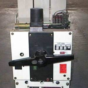 Photo of HUNDT & WEBR CIRCUIT BREAKER